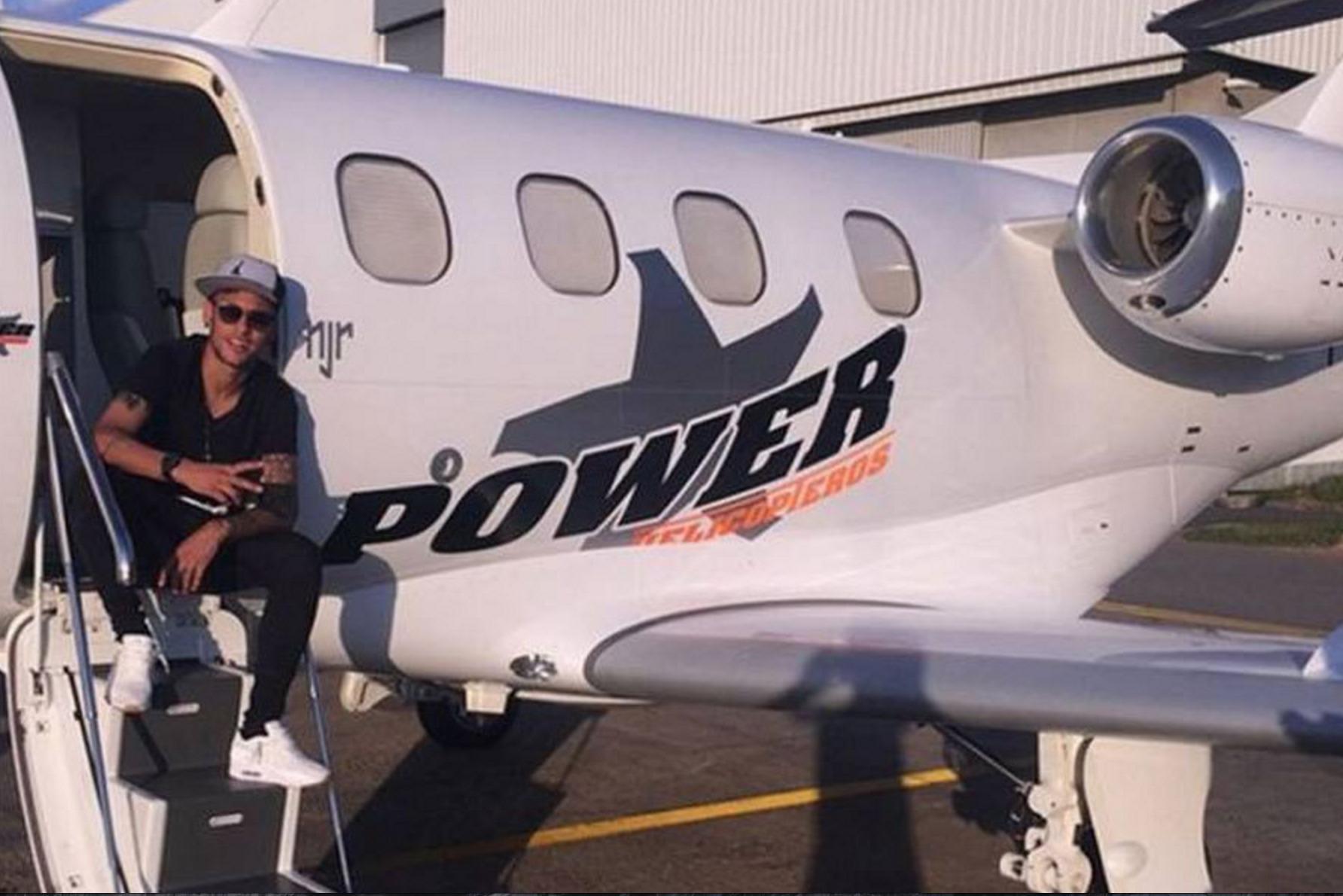 Jet pribadi Neymar